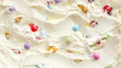 Värvilised jäätisepärlid (illustreeriv)